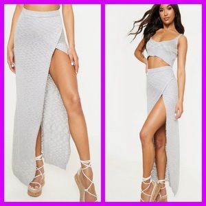 PRETTY LITTLE THING SLIT FRONT KNITTED MAXI SKIRT